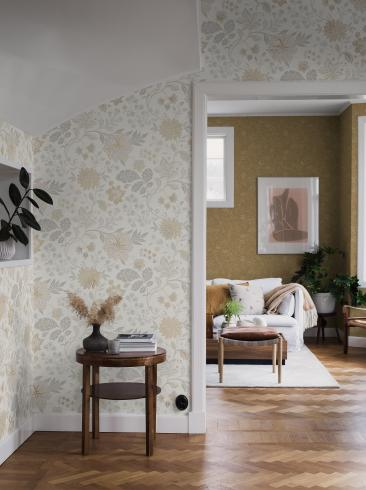 The wallpaper Alicia from Boråstapeter. The wallpaper design and pattern is white and consists of Archive Floral Foliage