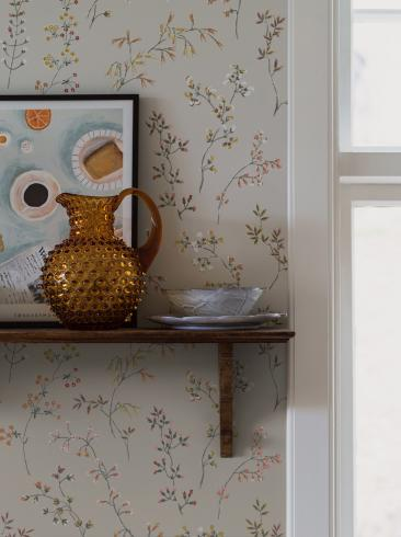 The wallpaper Gråäng from Boråstapeter. The wallpaper design and pattern is neutrals and consists of Archive Floral Foliage