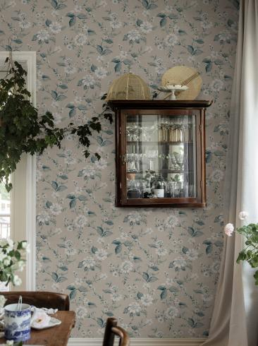 The wallpaper Laura´s Cottage from Boråstapeter. The wallpaper design and pattern is neutrals and consists of Floral Foliage