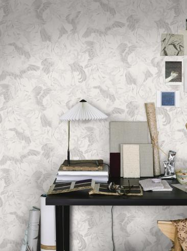 The wallpaper Dancing Crane from Boråstapeter. The wallpaper design and pattern is white and consists of Birds