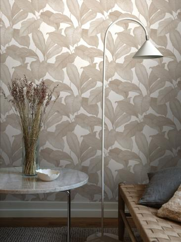 The wallpaper Bo from Boråstapeter. The wallpaper design and pattern is neutrals and consists of Foliage