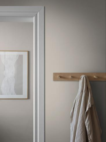 The wallpaper Bror from Boråstapeter. The wallpaper design and pattern is neutrals and consists of Single Colour Textile