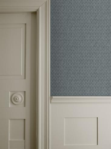 The wallpaper Jaipur Linen from Boråstapeter. The wallpaper design and pattern is turquoise and consists of Graphic Textile
