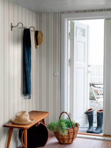 The wallpaper Sandhamn Stripe from Boråstapeter. The wallpaper design and pattern is neutrals and consists of Stripe