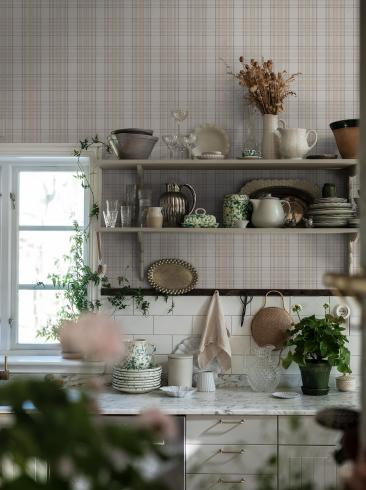 The wallpaper Tailor´s Tweed from Boråstapeter. The wallpaper design and pattern is neutrals and consists of Checked