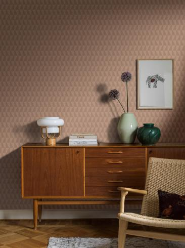 The wallpaper Arne Jacobsen Trapez from Boråstapeter. The wallpaper design and pattern is pink and consists of Geometric