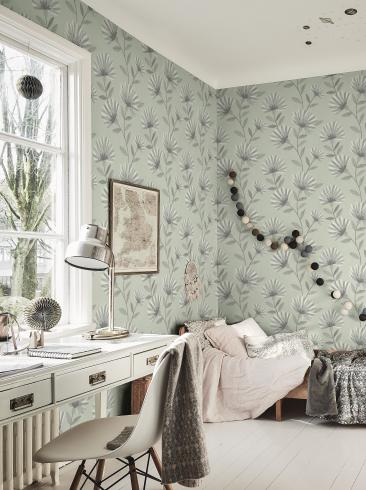 The wallpaper Bessie from Boråstapeter. The wallpaper design and pattern is green and consists of Floral Graphic Sketched