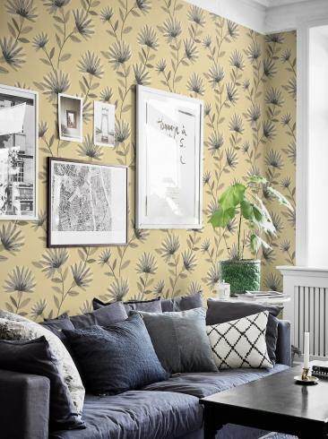 The wallpaper Bessie from Boråstapeter. The wallpaper design and pattern is yellow and consists of Floral Graphic Sketched
