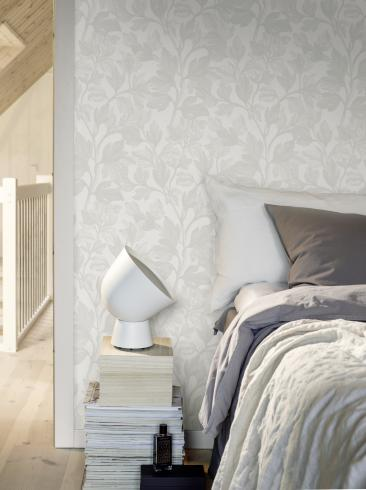 The wallpaper Marrakech from Engblad & Co. The wallpaper design and pattern is white and consists of Damask