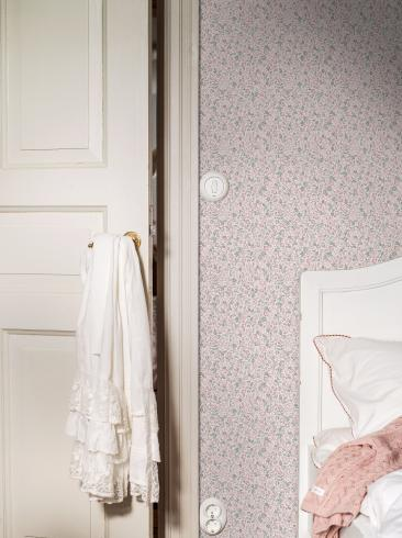 The wallpaper Jasmine from Boråstapeter. The wallpaper design and pattern is pink and consists of Children's Floral