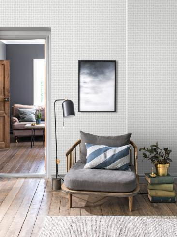 The wallpaper Ljungqvist Blad from Engblad & Co. The wallpaper design and pattern is grey and consists of Graphic Plants