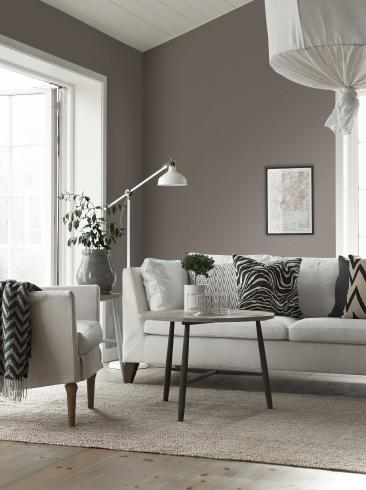 The wallpaper Mood from Boråstapeter. The wallpaper design and pattern is brown and consists of Single Colour Structure Textile