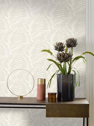 The wallpaper Myfair from Engblad & Co. The wallpaper design and pattern is white and consists of Plants