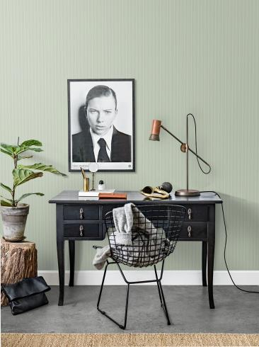 The wallpaper Salongsrand from Engblad & Co. The wallpaper design and pattern is green and consists of Stripe
