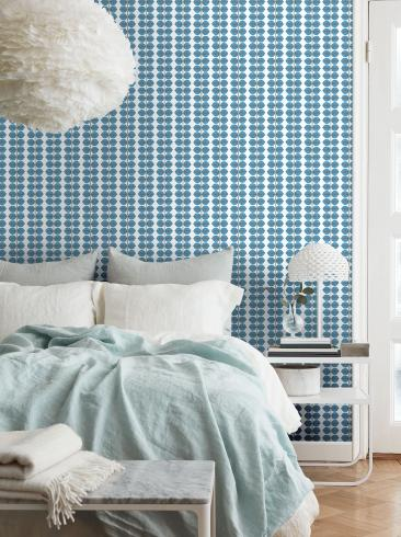 The wallpaper Berså from Boråstapeter. The wallpaper design and pattern is blue and consists of Plants