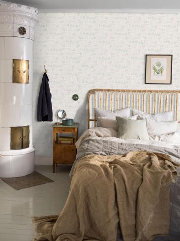 The wallpaper Strawberry Field from Boråstapeter. The wallpaper design and pattern is white and consists of Floral