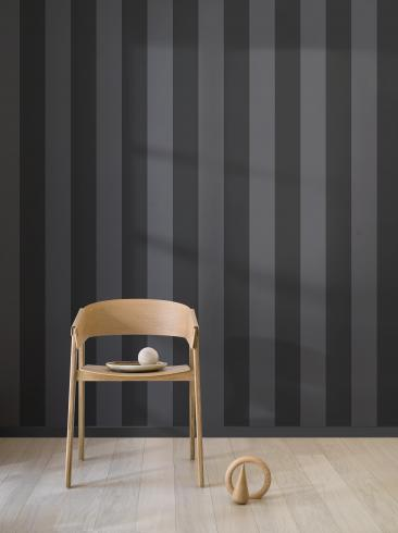 The wallpaper Stripe M from Engblad & Co. The wallpaper design and pattern is grey and consists of Stripe