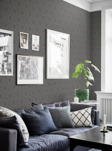 The wallpaper Swing from Boråstapeter. The wallpaper design and pattern is grey and consists of Graphic Sketched Structure Textile