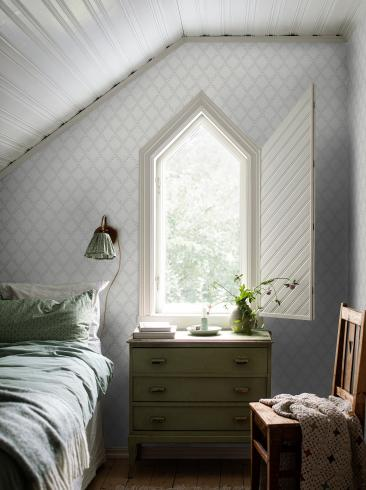The wallpaper Trellis Leaves from Boråstapeter. The wallpaper design and pattern is grey and consists of Foliage Traditional Trellis