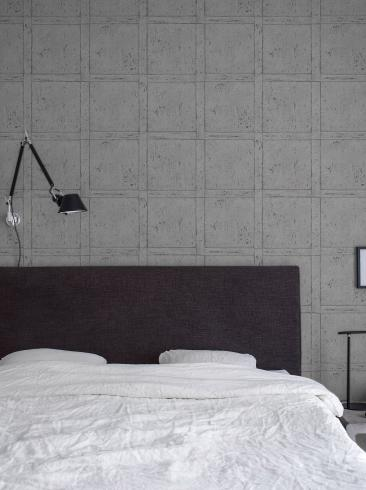 The wallpaper Vintage Panel from Boråstapeter. The wallpaper design and pattern is grey and consists of Checked