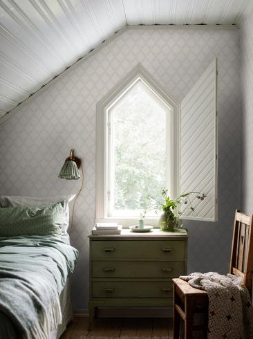 The wallpaper Trellis Leaves from Boråstapeter. The wallpaper design and pattern is neutrals and consists of Foliage Traditional Trellis